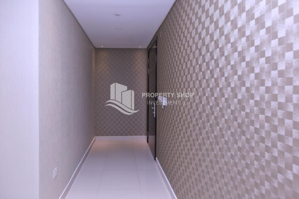 Corridor - 1BR Apartment, up to 4 Cheques, High End Facilities