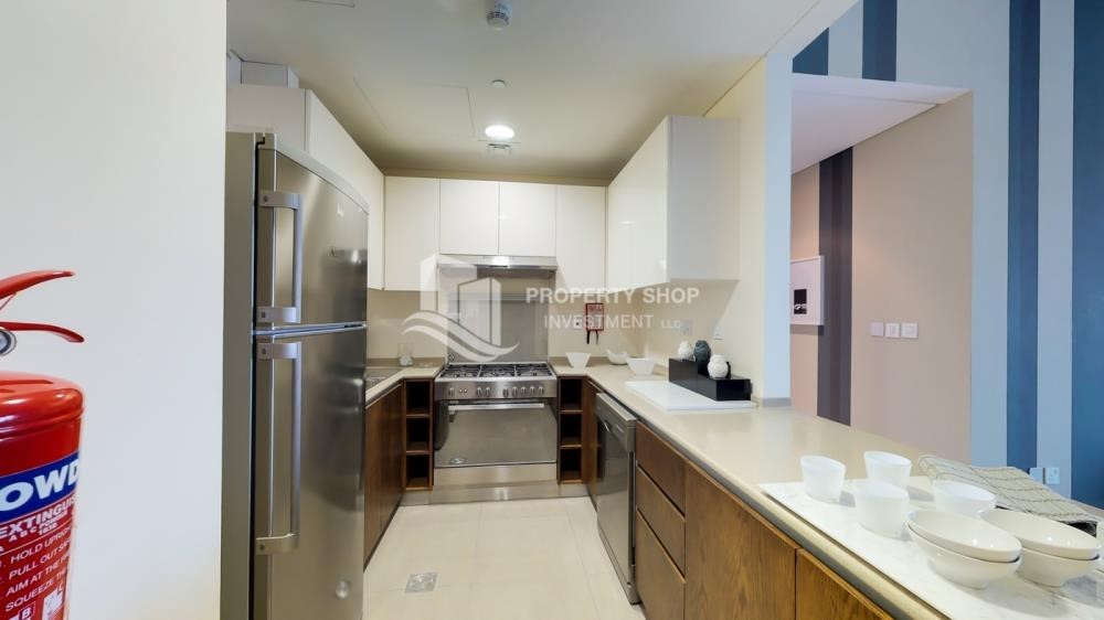Kitchen - Spacious 2 BR apt with balcony for rent.