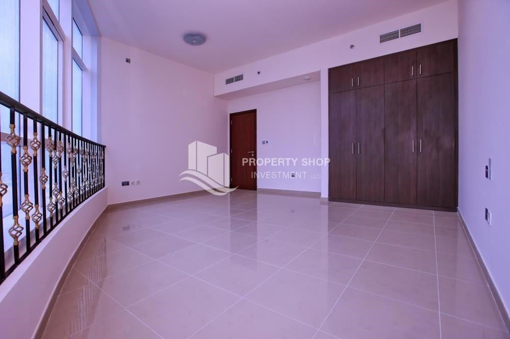 Bedroom - Spacious 2BR Apt with High Investment Returns.