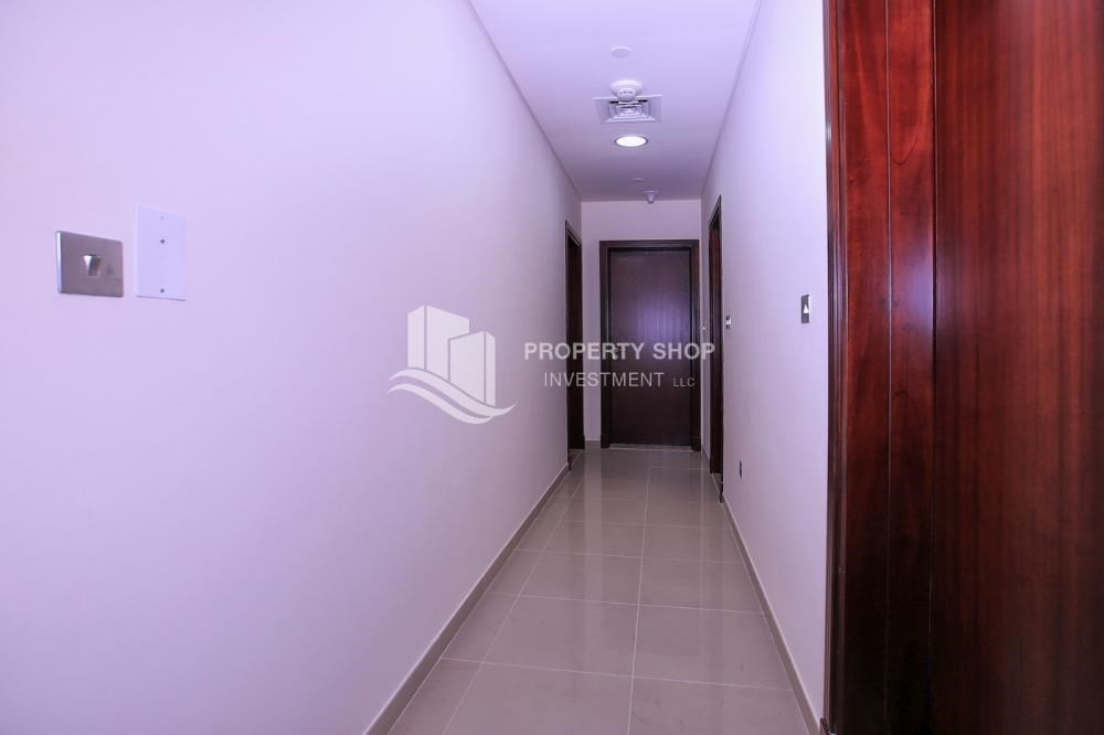 Corridor - Spacious 2BR Apt with High Investment Returns.