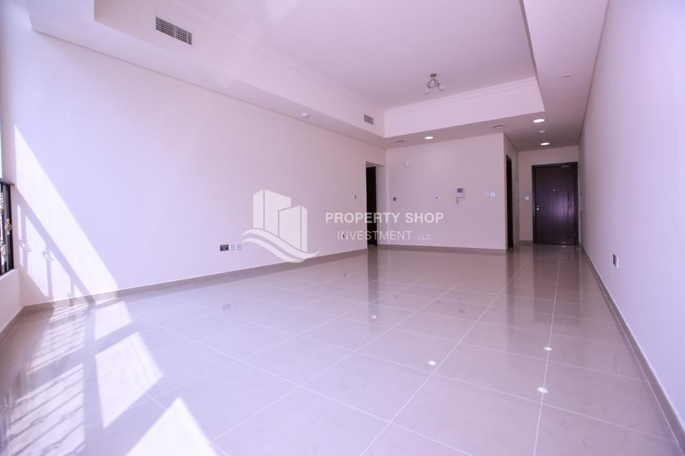 Dining Room - Spacious 2BR Apt with High Investment Returns.