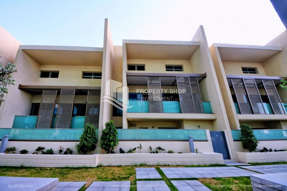 Community - A Prestigious 4BR Townhouse plus 2% Rent Free + 1 Month Rent Free in Al raha Beach!