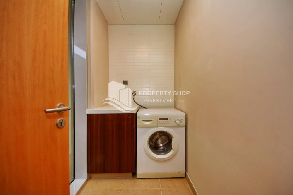 Laundry Room - A Prestigious 4BR Townhouse plus 2% Rent Free + 1 Month Rent Free in Al raha Beach!