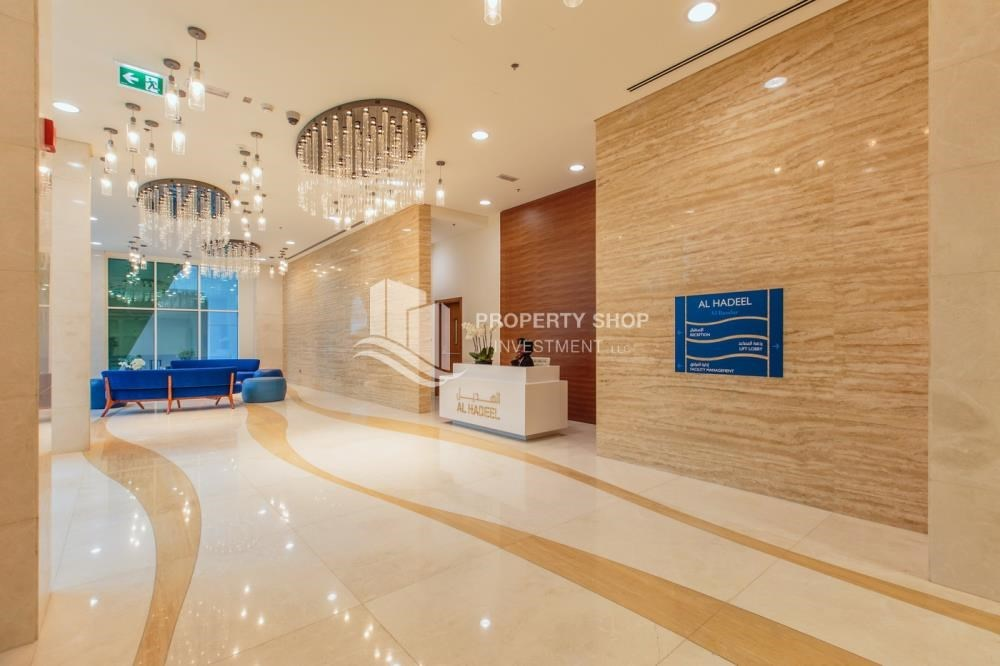 Lobby - Rent Refundable on Mid floor with amazing Sea View.