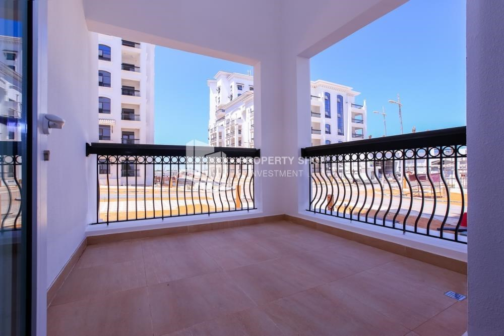 Balcony - 3 bedroom apartment for sale in Ansam.