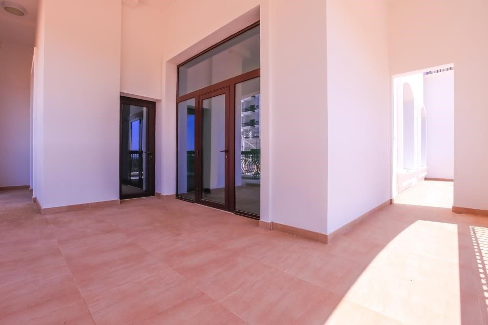 Balcony - Experience luxury in this exquisite property in Ansam.