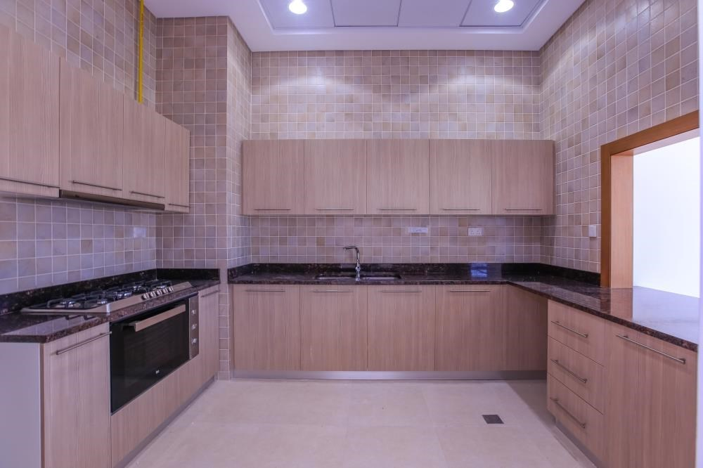 Kitchen - Experience luxury in this exquisite property in Ansam.
