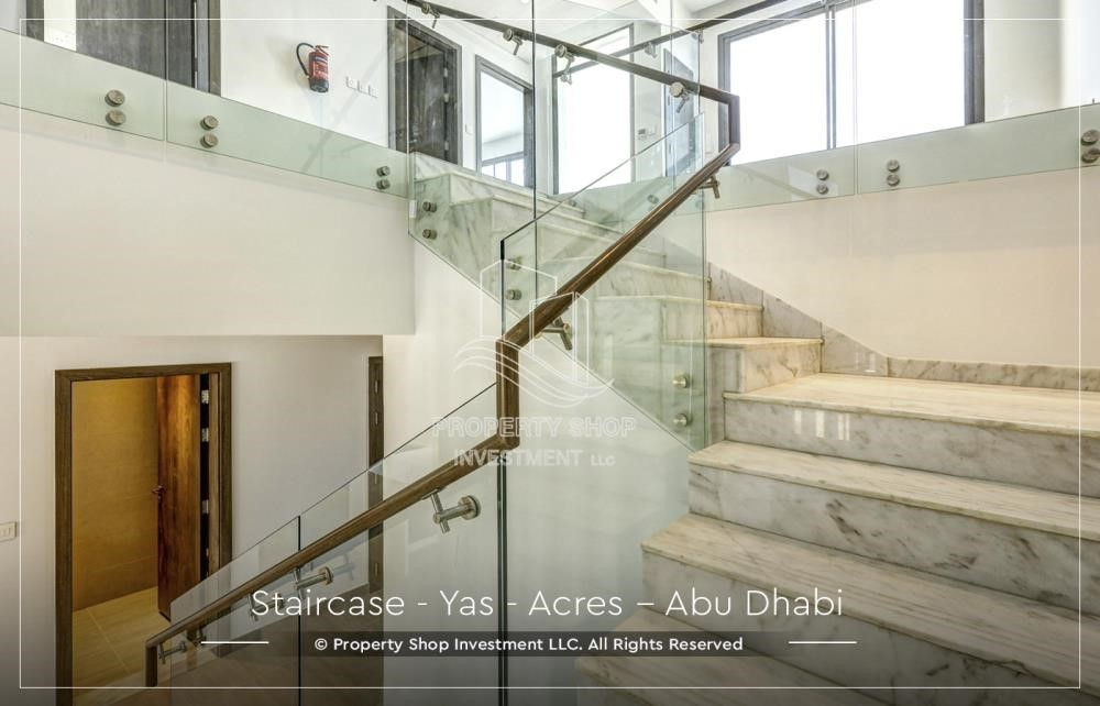 Stairs - Live next to world attraction! Duplex townhouse with spacious family room