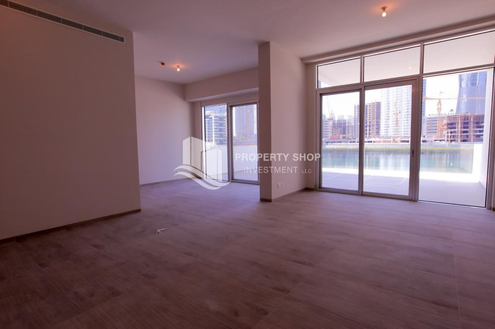 Living Room - Luxurious 3+M BR Apt with Private Terrace/Garden.