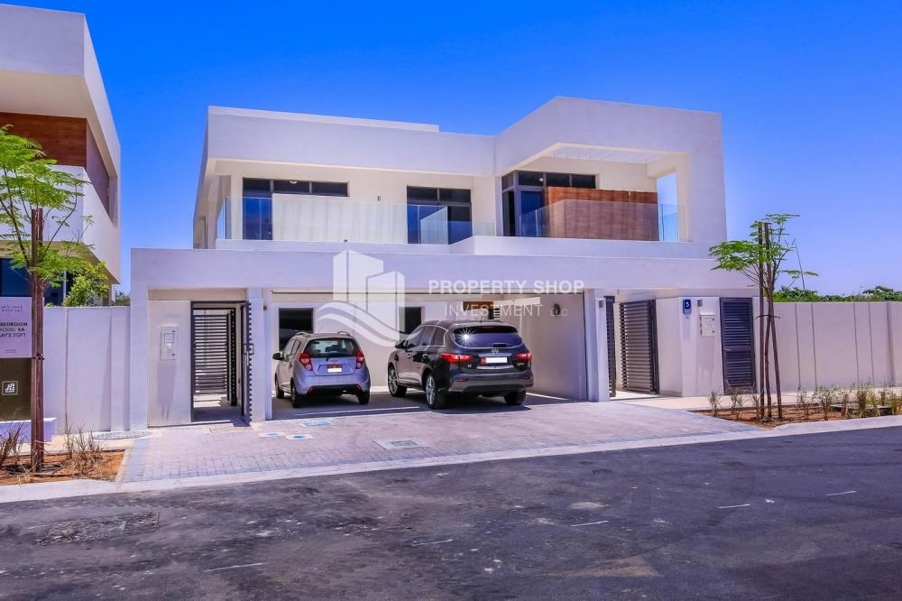 Property - Wonderful 5 bedroom villa for sale in West Yas