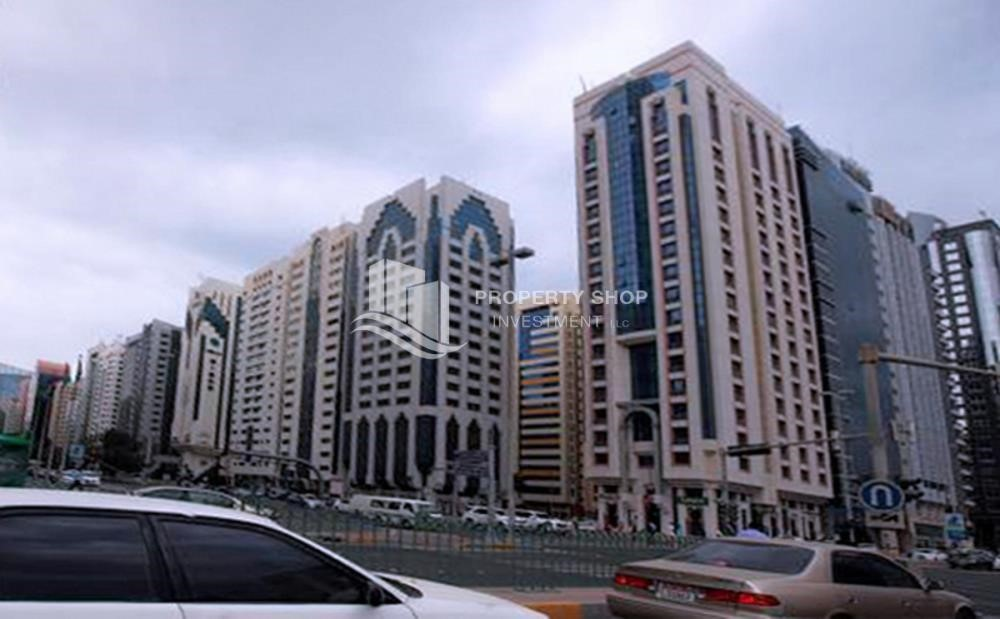 Community - 2BR Apt located in the heart of AUH City.