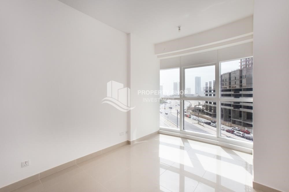 Bedroom - 1 Bedroom Apartment For Rent In City Of Lights