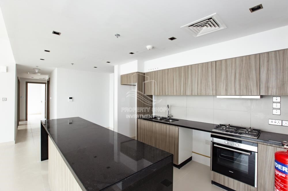 Kitchen - 3+1 apartment (corner unit) in Meera Tower available for rent immediately!