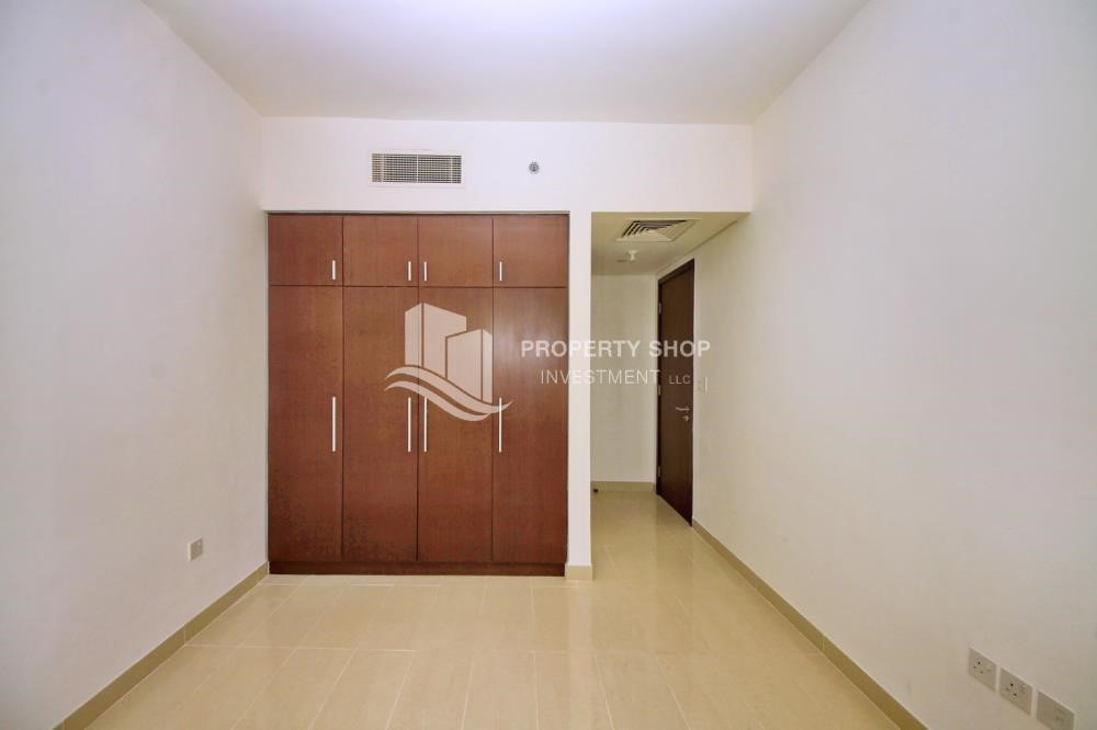 Built in Wardrobe - High floor 2BR Apt with sea view.