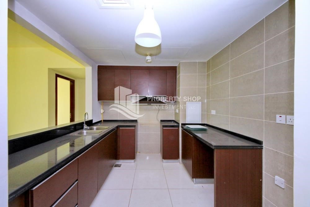 Kitchen - High floor 2BR Apt with sea view.