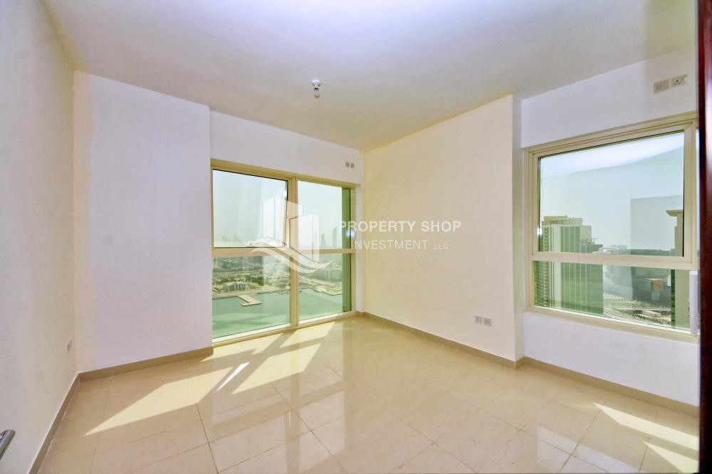 Master Bedroom - High floor 2BR Apt with sea view.