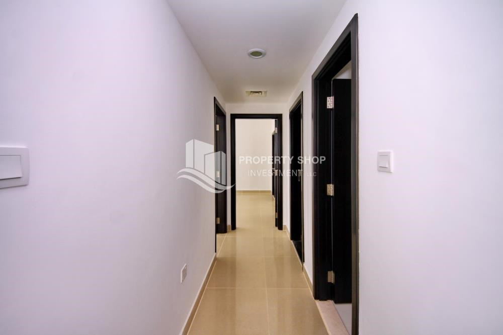 Corridor - 2BR in Alreef Downtown available for sale!!