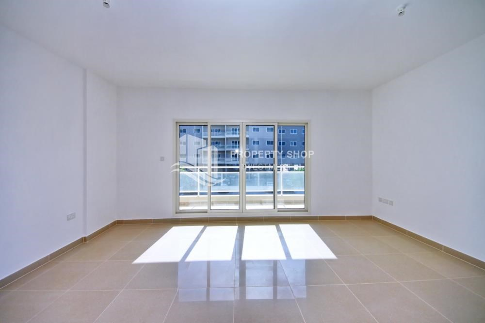 Living Room - 2BR in Alreef Downtown available for sale!!