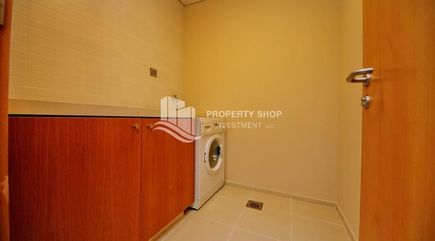 Laundry Room-High ROI!.Huge 2BR Apartment on high floor with great facilities