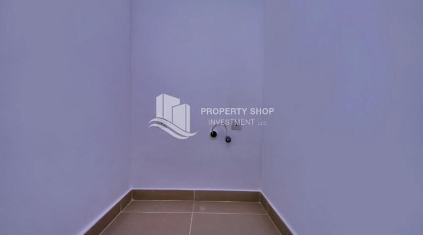 Laundry Room-Vacant 5BR+M Villa with private pool.