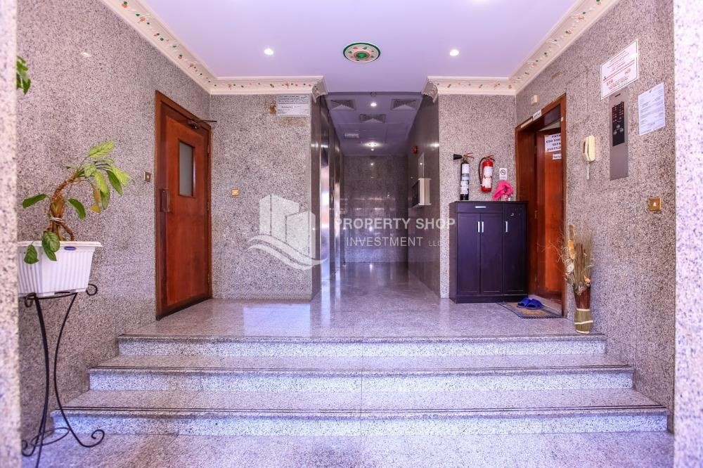 Maids Room For Rent In Hamdan Street Abu Dhabi