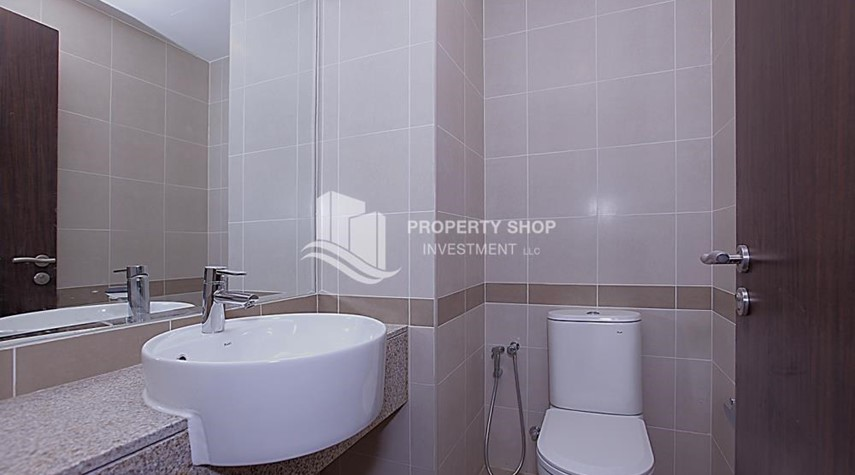 Powder-Huge 2BR Apt in Marina Bay for Rent!