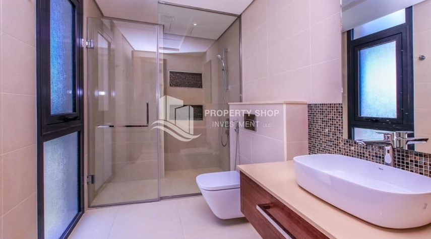 Bathroom-5BR+M independent villa with terrace.