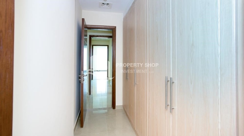 Built in Wardrobe-Modern Designed 2BR with parking for RENT!