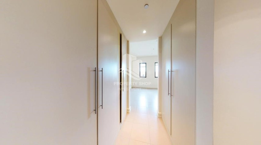 WalkIn Closet-1Br Available With Premium Finishing
