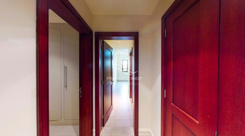 Corridor-Great Deal! 2Br Vacant.