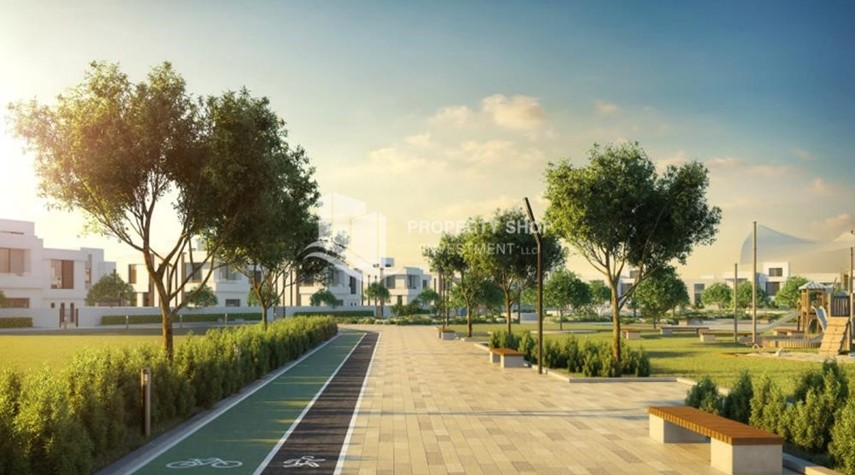 Community-Plots with high ROI, open to all nationalities. 5% down payment.