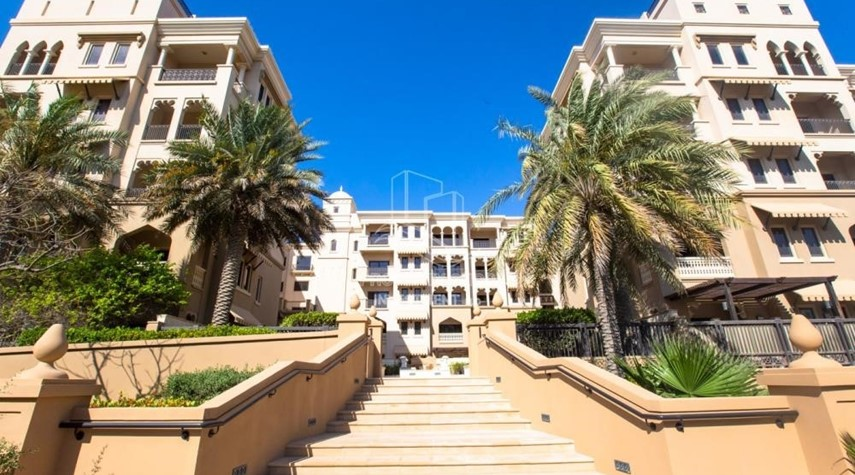 Property-Move In & Enjoy Stunning Sea View . 4 Payments