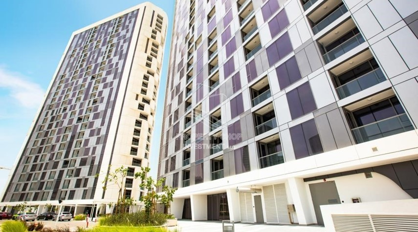 Property-1BR Apt in a brand new tower in Reem Island.