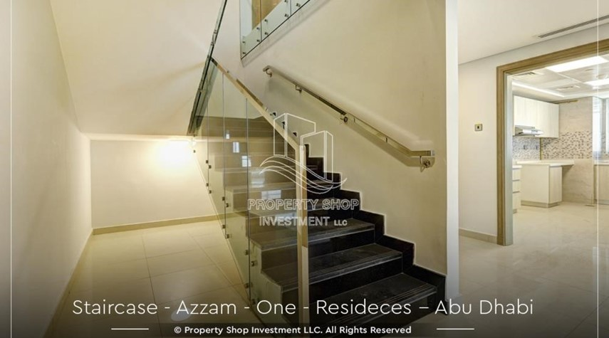 Stairs-Well Maintained, 4BR+M Apartment with Gym, Pool, Sauna, Steam Room