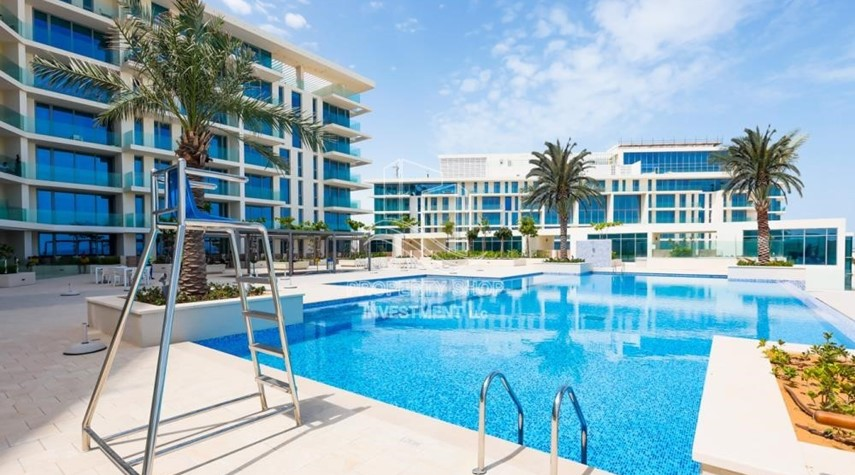 Property-3 br apartment with pool view l zero ADM fees l 3 years service charge free l zero commission