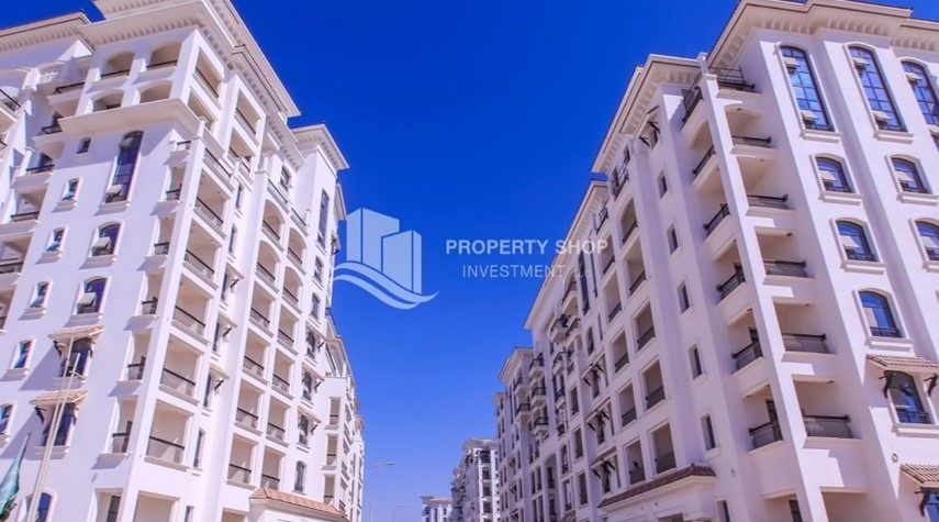 Property-Brand new 2BR Apt with breathtaking island view.