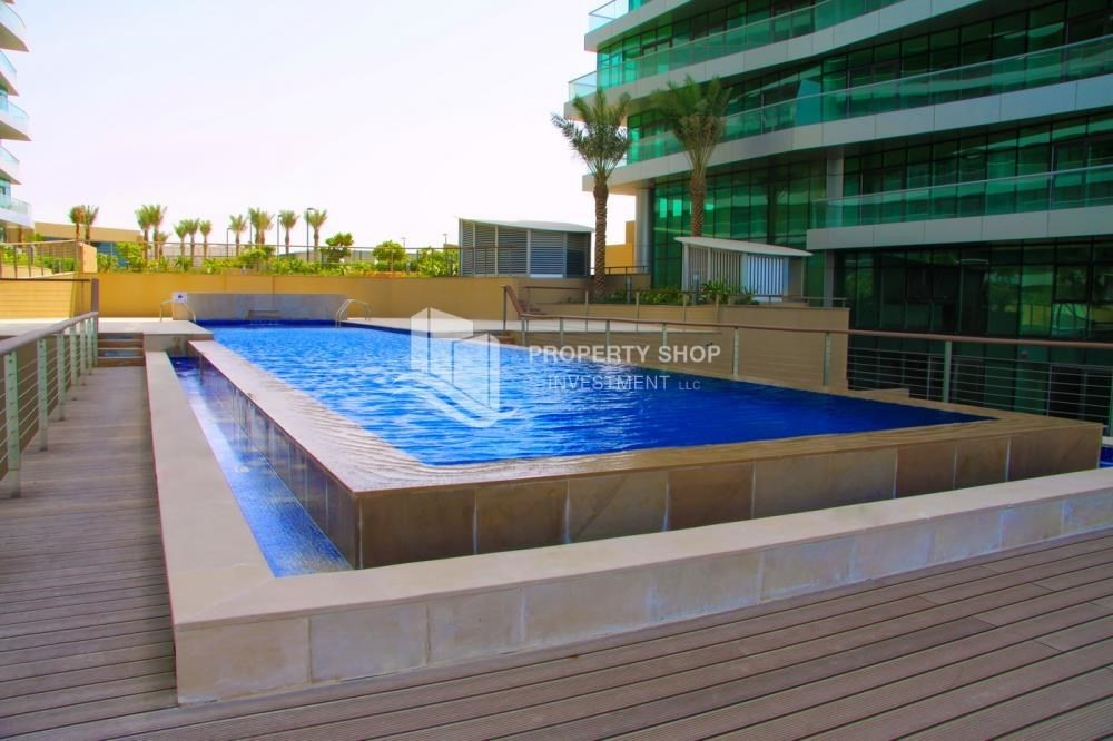 Facilities-Stunning Sea View Apt with Full facilities