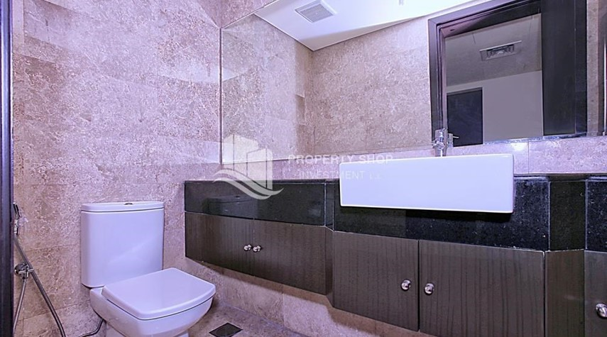 Bathroom-Great Investment opportunity 1 bedroom with High ROI