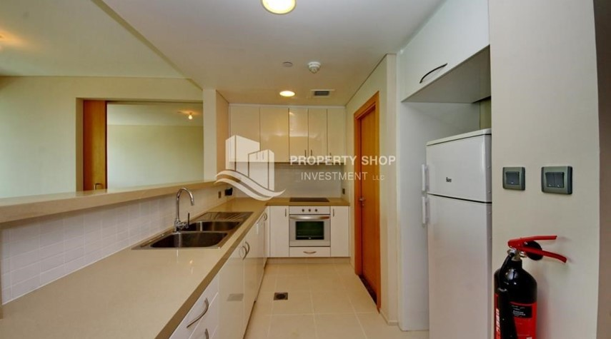 Kitchen-High floor 1 BR apt with well maintained facilities of Al Sana, Al Muneera