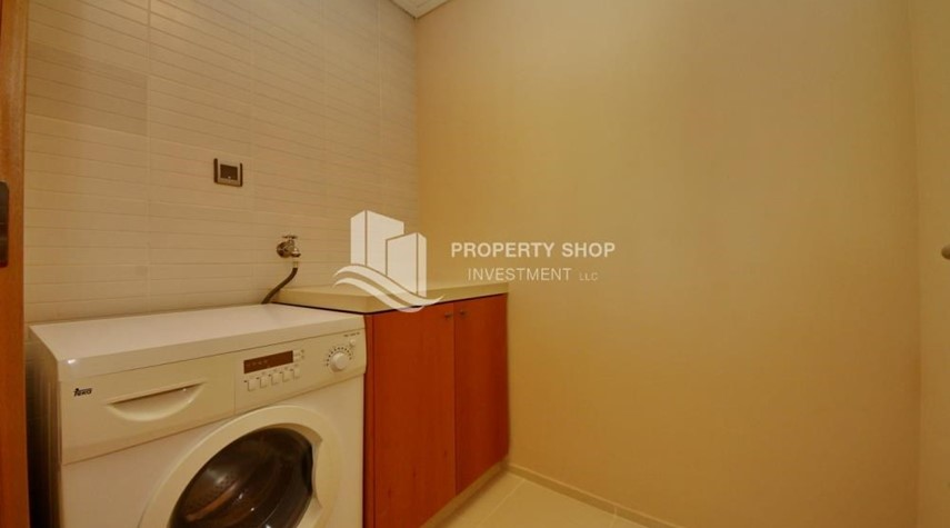 Laundry Room-High floor 1 BR apt with well maintained facilities of Al Sana, Al Muneera