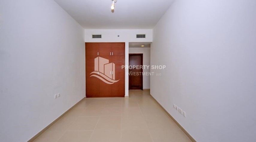 Built in Wardrobe-High floor Unit with City view.