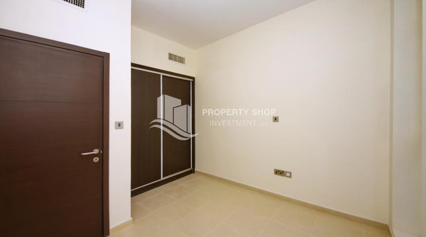 Built in Wardrobe-3+M BR Apt on High floor with big terrace