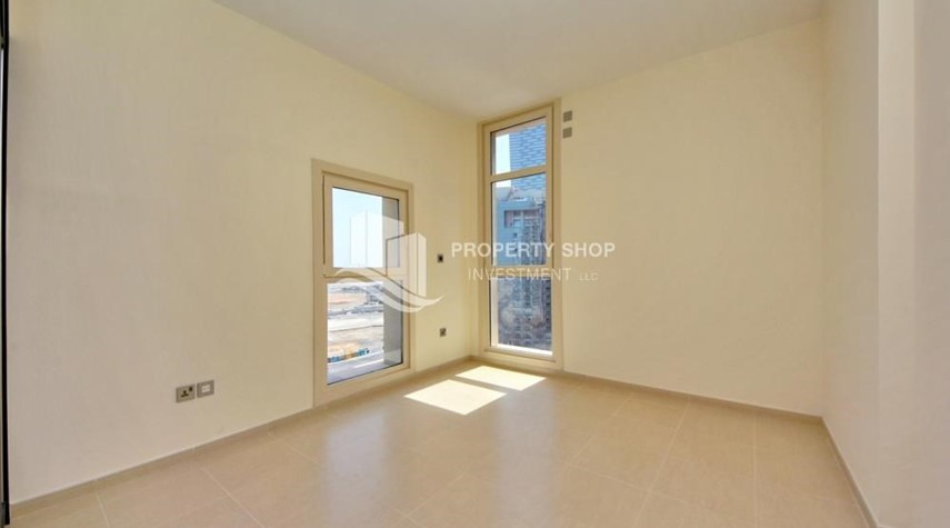 Bedroom-2BR on High Floor with modern facilities