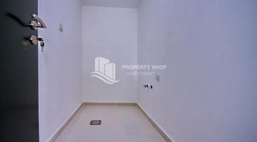 Laundry Room-2BR Apt with Balcony and Storage, street view, available for rent Now
