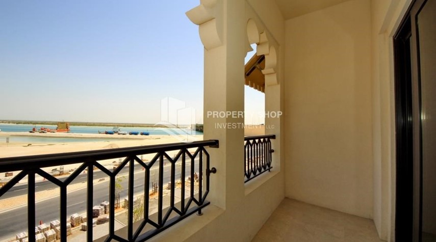 Balcony-2BR Apt on Low Floor with street view in Saadiyat Island!