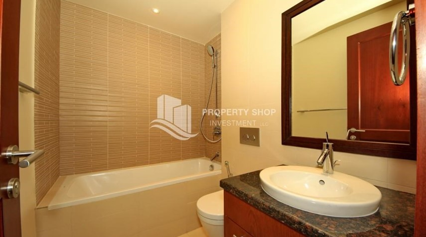 Bathroom-2BR Apt on Low Floor with street view in Saadiyat Island!