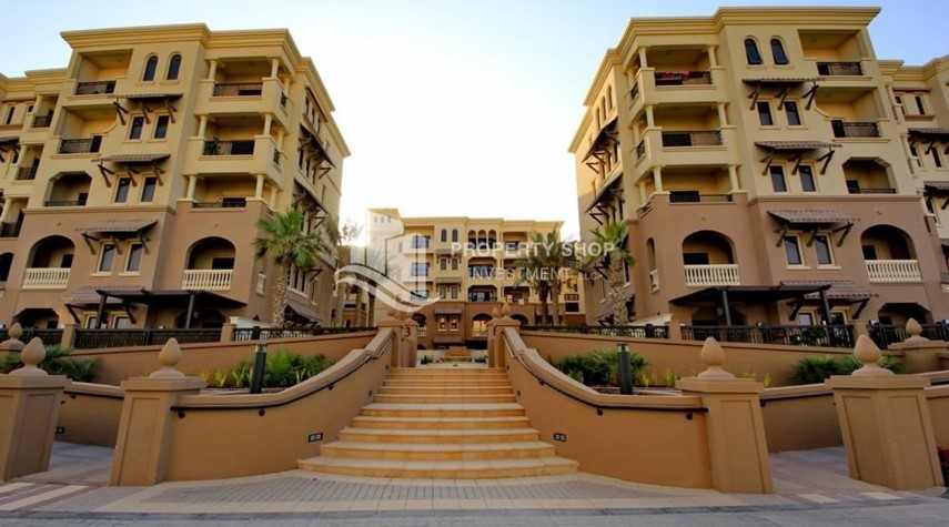 Property-2BR Apt on Low Floor with street view in Saadiyat Island!