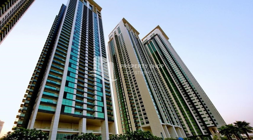 Community-High floor Apt in Al Maha Tower.