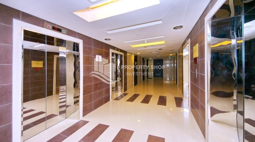 Lobby-Stunning 1BR in High Floor with panoramic views of Al Reem community.