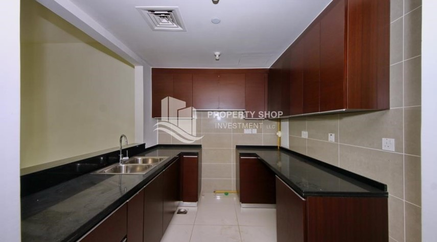 Kitchen-Low floor 1BR Apt with Sea view.